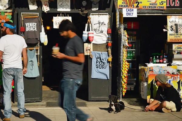 scene de rue boardwalk venice beach